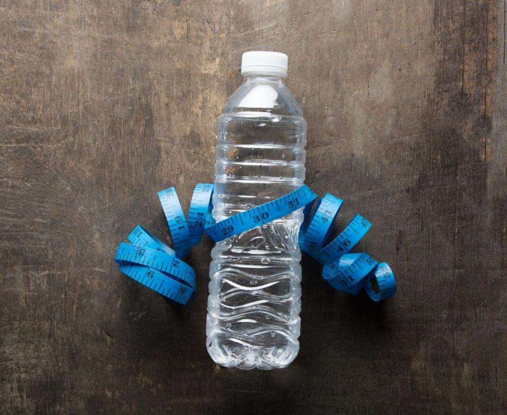 задържане на вода пиене на вода