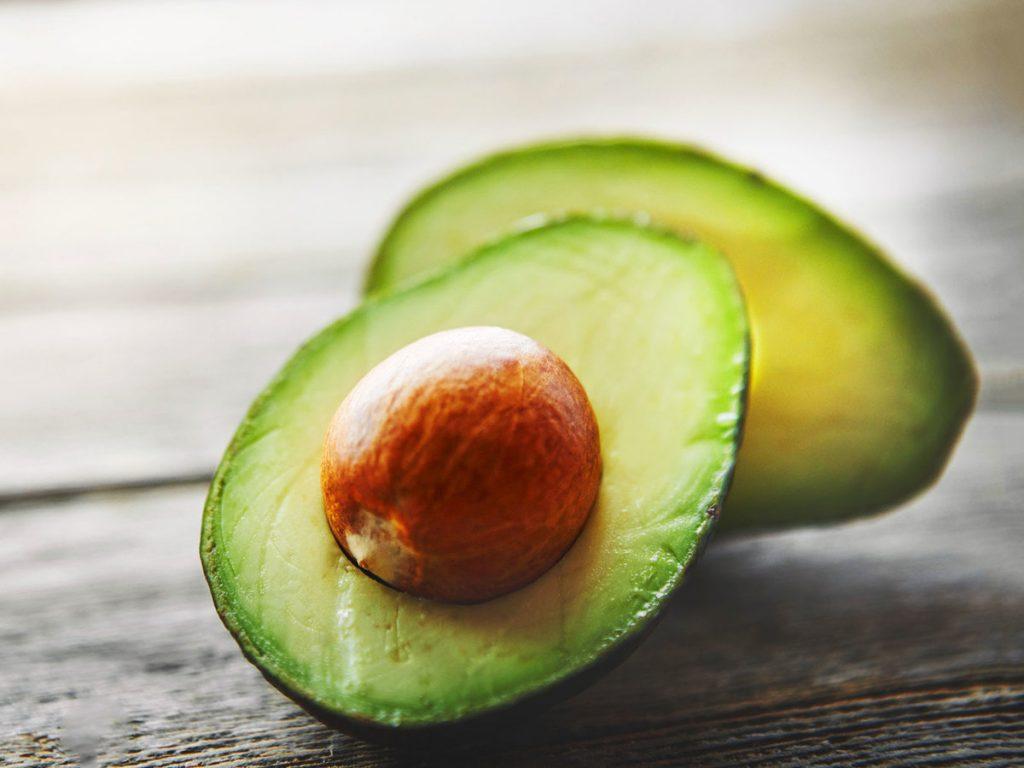 храни, които намаляват стреса - авокадо