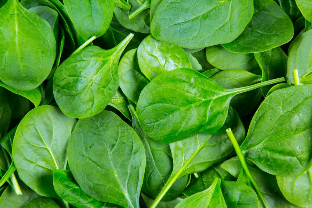 храни, които намаляват стреса - спанак
