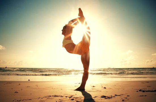 Как да правим йога на морето